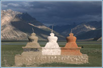 stupas, leh tour with lake, travel leh ladakh, ladakh tours, ladakh tourism, leh ladakh tourism, hotels in ladakh, ladakh tour packages